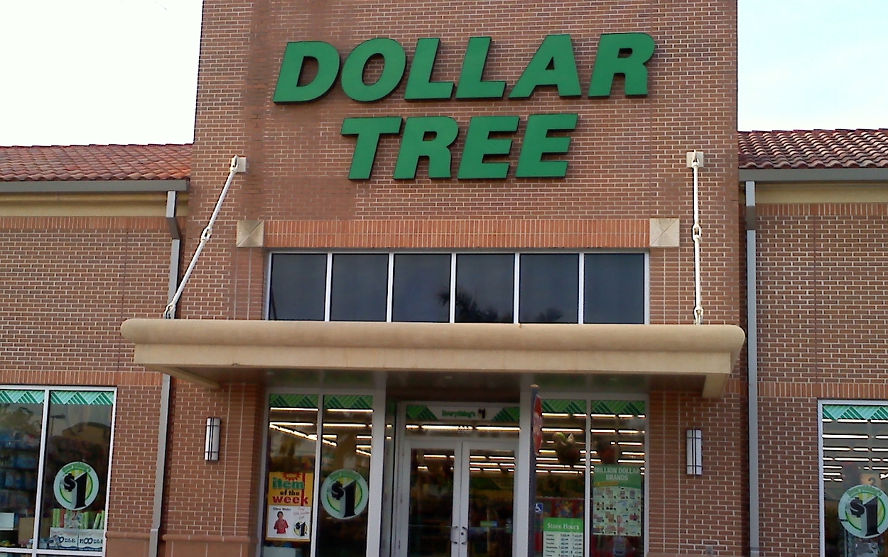 outlook of dollar tree store