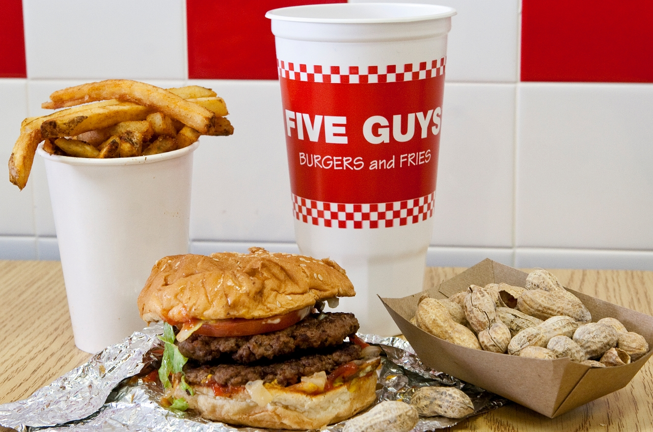 delicious burger & fries in five guys
